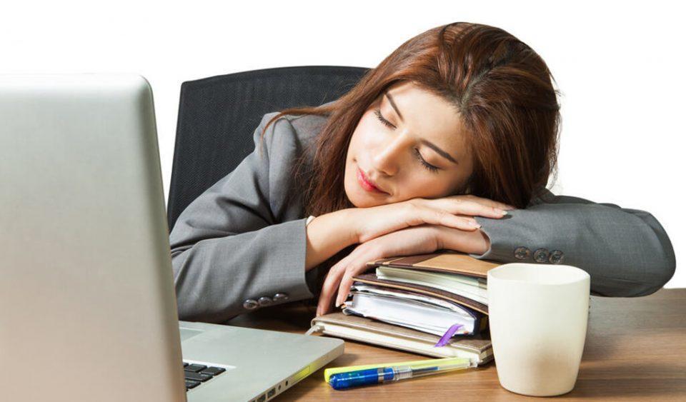 Manfaat Tidur Siang bagi Kesehatan Meski Sebentar